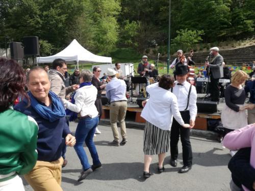 bal-swing-cours-ecole-danse
