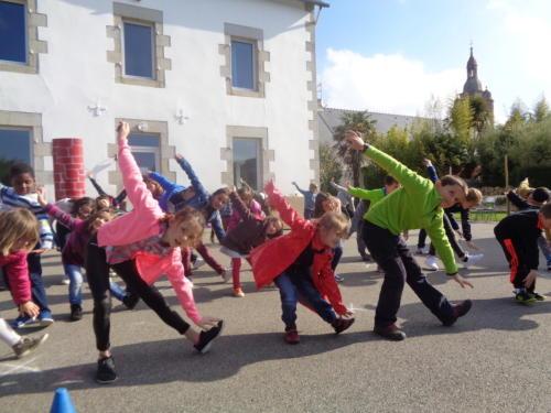 ateliers-danse-swing-amusement-enfants-laswingfactory